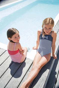 Twinning #sun #summer #pool