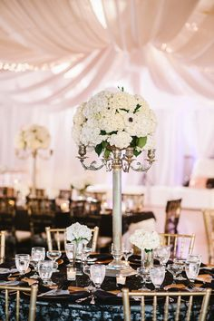 White and PInk at Los Verdes Golf Course in Rancho Palos Verdes, Ca #glameventstylist.com
