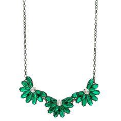 Que tal um colar novo pra incrementar o visual? Este lindo aqui está saindo R$ 64,90 e você ainda pode parcelar em até 6 vezes sem juros. Compre aqui: www.composeacessorios.com.br/maxi-colar-meia-flor-esmeralda  #composeacessorios #colar #fashion #verdeesmeralda