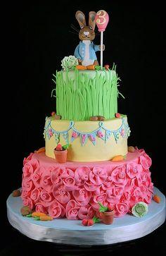 Peter Rabbit Cake By RobinYummCakes - https://www.facebook.com/robinyummcakes - (cakesdecor)