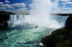 Niagara falls, so pretty!! But take a poncho!