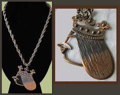 QUEEN Bee--Rebajes Modernist Queen Pendant,Art Copper,1950s New York,Original Heavy Copper Chain,Vintage Jewelry,Unisex