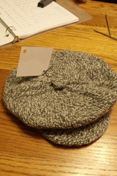 Salt & Pepper peaked cap FREE PATTERN in men's & boy's sizes From The Joys of Knitting with Brigg's & Little I have been searching for a decent peaked cap knitting pattern, this one looks quite straight forward
