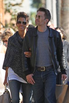 Halle Berry Photo - Halle Berry and Olivier Martinez Shop in LA 2