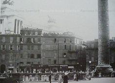 Foto storiche di Roma - Antico rione dei Fori Imperiali, presso la Colonna Traiana Anno:1930 'ca