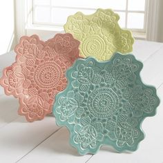 Lace pressed ceramic bowls