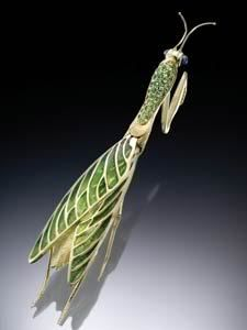 Praying Mantis Extraordinaire Dressed in Plique du Jour, Emeralds and 18K Yellow Gold