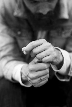 Love finger tats.