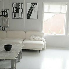 An #oldpic asked by lovely @heidihleo ❤ Would @camillaathena @ssevjen and @charlottenetland show? God kveld  #plakater #artprint #photoart #shepaintstruth #plakat #roomforinspo #boligplussminstil #finahem #interiortoyou #interior4all #boligpluss #boligdrom #ditthem #interioristapicture #skandinaviskdesign #scandinaviandesign