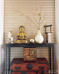 Inset feature wall area with metallic wallpaper ... I'd stencil instead of wallpaper - shoot me before I ever wallpaper anything ever again ... Lisa Pomerantz New York Apartment - Modern Home Design - ELLE DECOR