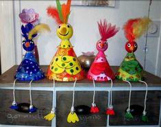 Nous, les coq ! - Les cahiers de Joséphine Chicken Crafts, Josephine, Coq, Thanksgiving Crafts, Notebooks, School Ideas, School Handbags, Diy Crafts, Craft Art