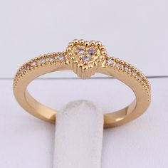Fashion 18K Gold Plated Heart Shape High Quality Copper Finger Ring Inlay Zircon Three Sizes
