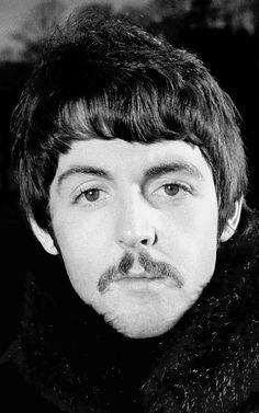 1967 - Paul McCartney.