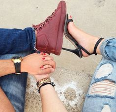 Shared by ℳ O O N L I G H T ♛. Find images and videos about girl, love and fashion on We Heart It - the app to get lost in what you love. Cute Couple Dp, Cute Couple Selfies, Love Couple Images, Cute Couple Poses, Classy Couple, Couple Photoshoot Poses, Cute Couple Pictures, Cute Couples Goals, Couple Posing
