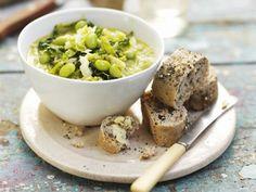 Eintopf aus grünen Gemüsesorten ist ein Rezept mit frischen Zutaten aus der Kategorie Eintöpfe. Probieren Sie dieses und weitere Rezepte von EAT SMARTER!