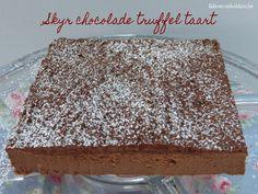 Recept skyr chocolade truffel taart bakken door ikhouvanbakken.be #skyrtaart #skyr #chocoladetaart #truffeltaart #nederlands