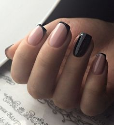 Trending French Nails Style This Winter 2019 20 The best new nail polish colors and trends plus gel New Nail Colors, Nail Color Trends, Nail Colour, Pink Nails, Gel Nails, Nail Polish, Black Shellac Nails, Black Manicure, Glitter French Manicure