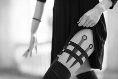 The Mortal Instruments Shadowhunters Aesthetic//Isabelle Lightwood Yennefer Of Vengerberg, Isabelle Lightwood, Bellatrix Lestrange, Elegantes Outfit, Natasha Romanoff, The Mortal Instruments, Girl Gang, Boss Babe, Assassin