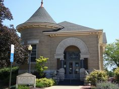 Paola Free Library, Paola, KS - architect, George Washburn
