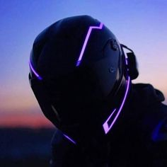Buy Multifunction Motorcycle Helmet Night Safety Warning Lights sale ends soon. Be inspired: enjoy affordable quality shopping at Gearbest! Motorcycle Helmet Design, Motorbike Girl, Motorcycle Gear, Motorcycle Accessories, Women Motorcycle, Riding Helmets, Womens Motorcycle Helmets, Image Moto, Motorbikes Women