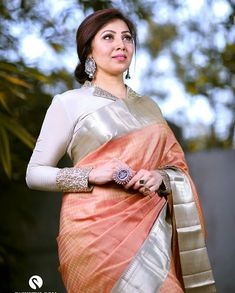 Top 30 Latest And Trendy Blouse Designs For Back Neck - Alles über Damenmode Cotton Saree Blouse Designs, Fancy Blouse Designs, Bridal Blouse Designs, Latest Saree Blouse Designs, Full Sleeves Blouse Designs, Indian Blouse Designs, Neckline Designs, Blouse Patterns, Churidar