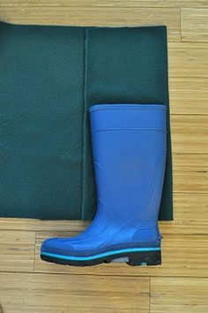 H is for Handmade: DIY Rain Boot Liners - Tutorial I want to make some out of felted wool for winter.  Ds (5yr) used wool last year in his rain boots with no complaints.  We use wool socks all winter long, so that helps, too.