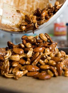 TESTED & PERFECTED RECIPE – Mixed bar nuts with notes of cinnamon, cayenne, ginger & brown sugar - An exotic, salty-spicy-sweet combination. Nut Recipes, Snack Recipes, Cooking Recipes, Paleo Nuts, Appetizer Recipes, Appetizers, Fudge, Healthy Snacks, Sweets