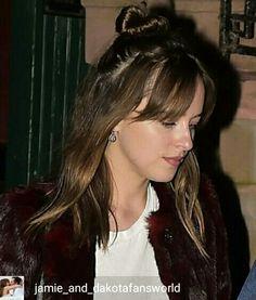 Great hair & skin! Lucky girl :D