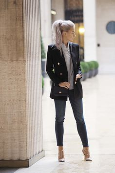 Victoria of @inthefrow rocked Hudson's Nico Super Skinny Jeans in Blue Gold at Paris Fashion Week