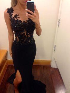 Black Jersy Lace Appliqued Prom Dress