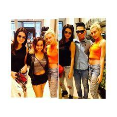 3 July 2014. Kendall n Hailey with fans while shopping in Soho, NYC. #kardashian #kardashians #jenner #paparazzi #kim #kourtney #khloe #kris #kendall #kylie #bruce #rob #kanye #west #scoot #disick #mason #penelope
