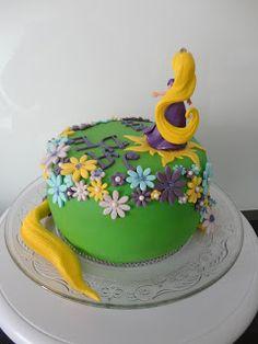 La Petite Pâtisserie de Marie: Gâteau Raiponce pour les 4 ans de ma Princesse