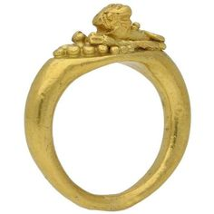 Preowned Romano-egyptian 1st Century Bc Leonine Gold Ring ($9,609) ❤ liked on Polyvore featuring jewelry, rings, engagement rings, multiple, gold engagement rings, pre owned engagement rings, bezel set engagement ring and twist rings