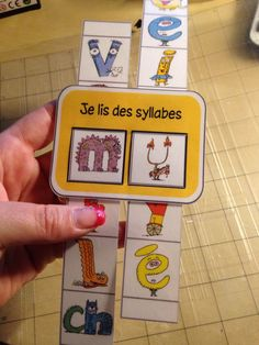 The Alphas syllable counter Chez Maitre Ecline Autism Education, French Lessons, Teaching French, Learn French, Learn To Read, Kids Learning, Literacy, Activities For Kids, Kindergarten
