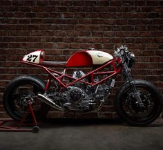 """Gefällt 7,106 Mal, 15 Kommentare - CAFE RACER  caferacergram (@caferacergram) auf Instagram: """"⛽️ Fueled by @rebelsocial   TAG: #caferacergram   Introducing the Ducati Monster 900 by @s_r_corse…"""""""