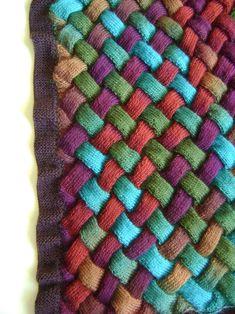 This is knit, but it's gorgeous! Creative Designs by Sheila Zachariae: Autumns Bounty Blanket Pattern Crochet Bebe, Crochet Hooks, Crochet Twist, Stitch Patterns, Knitting Patterns, Knitting Projects, Blanket Patterns, Knitting Ideas, Crochet Projects