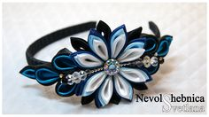 wow! kanzashi flowers on headband...