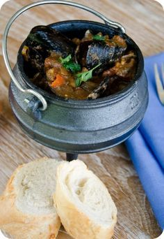 Spicy Seafood Potjie - in a sensational sauce, potjie recipe, The National dish of South Africa! South African Dishes, South African Recipes, Africa Recipes, Wine Recipes, Cooking Recipes, Mussel Recipes, Diabetic Recipes, Seafood Recipes, Kos