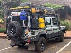 Defendef – Land Rover – Home Security Landrover Defender, Defender Camper, Land Rover Defender 110, Camping Car Van, Truck Camping, Jeep Truck, Ford Trucks, Land Rover Auto, Land Rover Off Road
