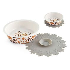 LVSEHUIYI Dog Feeders Bowl Fine Printing Pad For Skidproof Ceramics Single Mouth Dog Bowl High Grade Antiskid Pet Supplies White S >>> Details can be found by clicking on the image. (This is an affiliate link) Dog Feeder, Puppy Food, Dog Bowls, Dog Food Recipes, Pet Supplies, Printing, Ceramics, Pets, Link