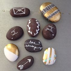 paper weights for napkins...painted stones