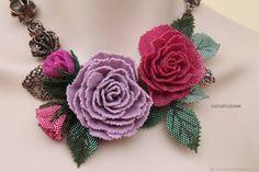 Купить Колье с цветами из бисера, розовые розы, бисероплетение (0427) - роза, розовый, украшение из бисера