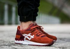 Asics Gel Lyte V Red Chili Pepper 'Pimento' Gel Lyte 5, Asics Gel Lyte, Best Sneakers, Shoes Sneakers, Red Chili Peppers, Sneaker Games, Well Dressed Men, Types Of Fashion Styles, Me Too Shoes