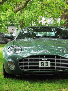 Aston Martin DB4 Zagato - https://www.luxury.guugles.com/aston-martin-db4-zagato-3/