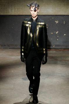 Alexander Mcqueen Look 10