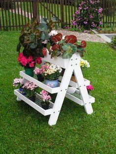 Jardineira dupla em madeira maciça, fundo com tela, mod.hortênsia, acabamento branco ou natural.