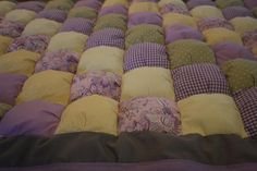 Puff Quilt Tutorial .... you could do this for Xmas or even a childs room..how sweet