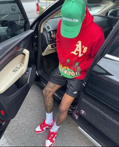 Dope Outfits For Guys, Swag Outfits Men, Summer Outfits Men, Cute Casual Outfits, Street Style Outfits Men, Black Men Street Fashion, Mode Streetwear, Streetwear Fashion, Look Fashion
