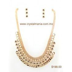 Set de collar y aretes en tono dorado estilo 30331