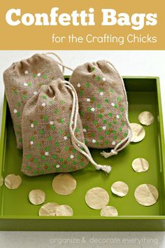 DIY St. Patrick's Day Confetti Burlap Bags - These would make great gifts!